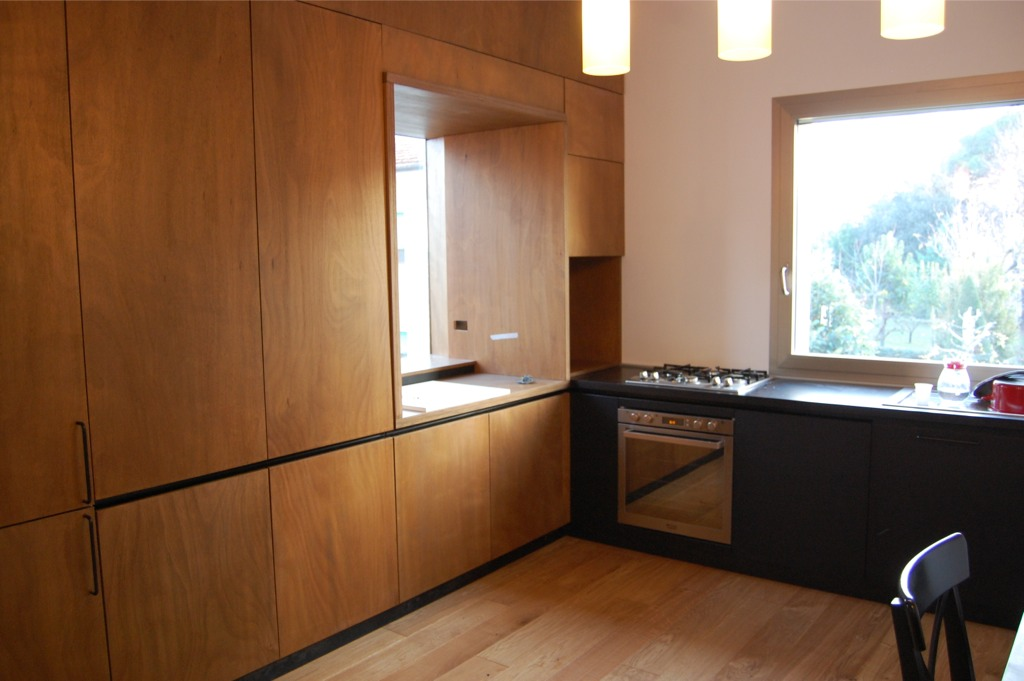 Kitchen Units and Fitting |